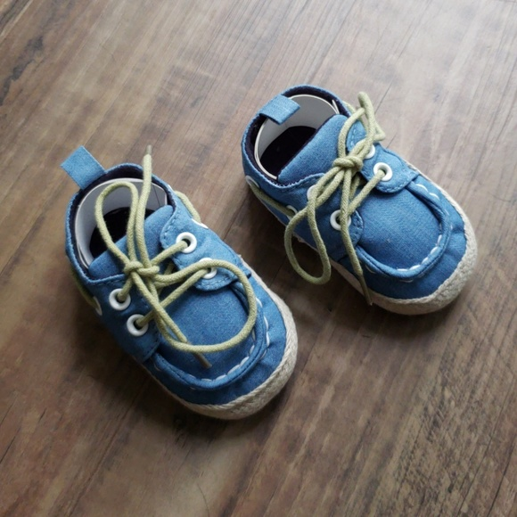 Other - Adorable Denim Baby Shoes